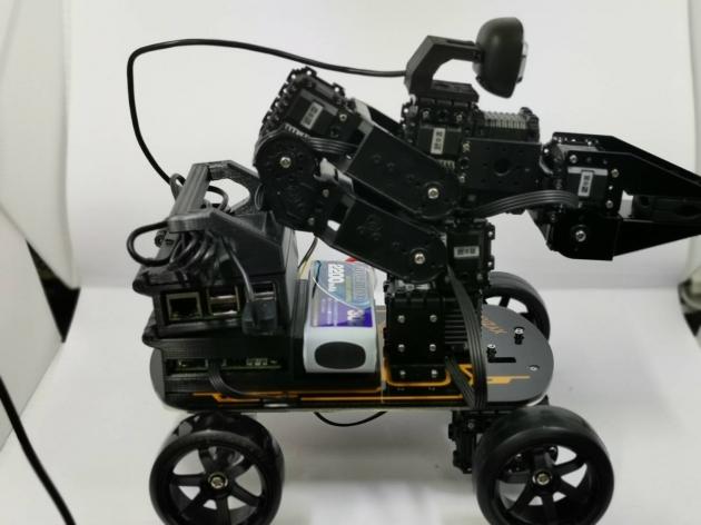 影像識別手臂車載具 3